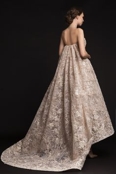 A STUNNING WEDDING GOWN COLLECTION  KRIKOR JABOTIAN SPRING SUMMER 2015 COLLECTION