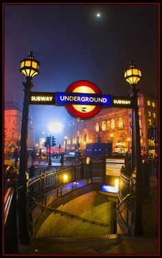 Best London Pictures  I've been to this tube entrance