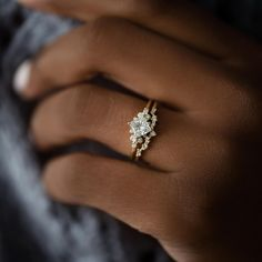 Necklace Chain Lengths, Necklace Sizes, Bracelet Sizes, Diamond Sizes, Diamond Cuts, Dream Engagement Rings, Engagement Ring Hand, Simple Elegant Engagement Rings, Timeless Engagement Ring