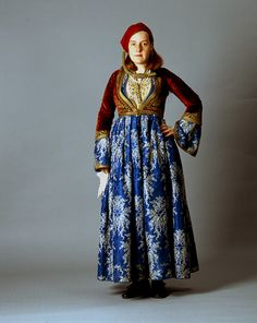 """Front and back, late 19th c. """"Amalia"""" costume ensemble belonging to the Metaxas family of Nafplion - 1910-15"""