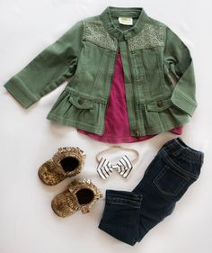 9ad89b5906223 baby fall outfit   baby fall clothing   baby girl outfits   cute toddler  clothing