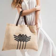 Jute Bags, the perfect beach bag or everyday tote. The bag that works for any occasion. Drawing Bag, The Beach People, Leather Stamps, Beach Essentials, Jute Bags, Linen Bag, Cotton Bag, Boho, Leather Handle
