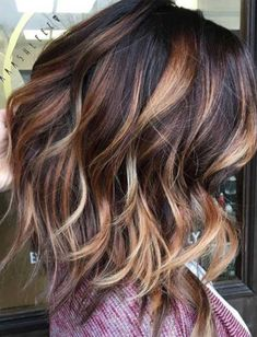 Dark brown with caramel and blonde balayage hair colors for fall, fall hair color 2017 Fall Hair Color For Brunettes, Fall Hair Colors, Hair Colours, Winter Hair Color Short, Highlighted Hair For Brunettes, Hair Color Ideas For Brunettes For Summer, Winter Blonde, Brunette Color, Blonde Color