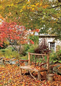 Gardening Autumn - Home Garden: Automne-Hiver - With the arrival of rains and falling temperatures autumn is a perfect opportunity to make new plantations Autumn Day, Autumn Home, Autumn Leaves, Autumn Nature, Autumn Garden, Happy Fall, Fall Season, Belle Photo, Beautiful Places