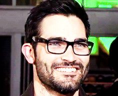 He looks like this in glasses. | Tyler Hoechlin Is The Hottie Dork You've Been Waiting For. He looks like my ex. Damn it!