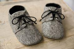 Baby boy GREY or BROWN tweed shoes wool by MartBabyAccessories