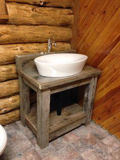 MacGIRLver: Reclaimed Wood Bathroom Vanity
