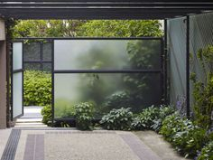 Enjoy your relaxing moment in your backyard, with these remarkable garden screening ideas. Garden screening would make your backyard to be comfortable because you'll get more privacy. Modern Landscaping, Backyard Landscaping, Landscaping Ideas, Landscape Architecture, Landscape Design, Landscape Plans, Architecture Design, Glass Fence, Modern Garden Design