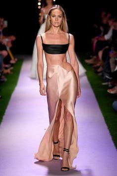 Ny Fashion Week, Fashion Show, Fashion Design, On Fashion, Runway Fashion Outfits, Runway Fashion Looks, High Fashion Models, Haute Couture Style, Couture Fashion