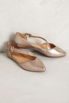 luca suede flats / anthropologie /// Not a metallic leather/treatment fan for myself but I love the shape of these