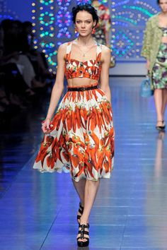 years later and I'm still obsessed with this Dolce and Gabbana chili pepper outfit