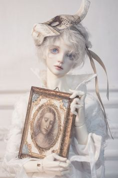JvonCさん (@_jvonc_) / Twitter Ball Jointed Dolls, Pretty Dolls, Beautiful Dolls, Arte Lowbrow, Porcelain Doll Makeup, Poses References, Smart Doll, Anime Dolls, Little Doll