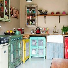 boho home bohemian life exotic interiors & exteriors eclectic space boho design + decor gypsy inspired nontraditional living elements of bohemia Bohemian Kitchen, Eclectic Kitchen, Kitchen Interior, Gypsy Kitchen, Quirky Kitchen, Awesome Kitchen, Kitchen Modern, Minimalist Kitchen, Decoration Chic