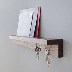 If you want to make a key board yourself, read on here! - DIY key board make your own key holder key shelf key chain home modern wood board hook - Shelf Design, Diy Design, Furniture Plans, Diy Furniture, Furniture Design, Diy Bookshelf Wall, Diy Wall, Key Shelf, Key Cabinet