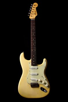 1959/60 Olympic White Fender Strat.  One of my dream guitars!!!