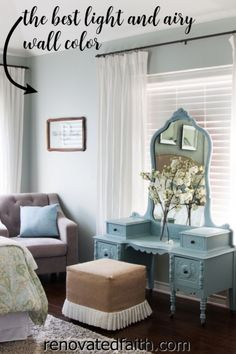 WHAT YOU SHOULD KNOW before painting your bedroom, bathroom or living room this vibrant paint color. Here's a full review along with how to decorate around this dynamic color!So what color is Sherwin Williams Silver Strand? A Joanna Gaines top pick, this gray has gorgeous blue and green undertones so it's important to know how to decorate & what colors go with Sherwin Williams Silver Strand. Included are SWSS paint strip comparisons (vs. Sea Salt). Light Blue Paint Colors, Blue Green Paints, Blue Wall Colors, Light Blue Paints, House Colors, Sherwin Williams Silver Strand, Blue Green Bedrooms, Blue And Green Living Room, Sherwin Williams Sea Salt