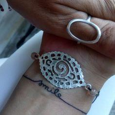 Thank you ❤️💋😉beautiful hands wear beautiful bracelets Beautiful Hands, Handmade Jewelry, Silver Rings, Smile, Bracelets, How To Wear, Instagram, Fashion, Moda