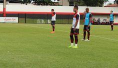 Wagner Lopes esboça o Atlético-GO com Jorginho e sem Diogo Campos #globoesporte