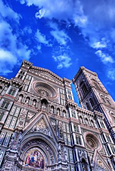 I'll never forget walking around that corner and seeing the Florence Duomo for the first time... It was one of the first time I truly had my breath taken away.
