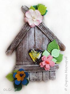 Popsicle Stick Crafts, Craft Stick Crafts, Fall Crafts, Diy And Crafts, Christmas Crafts, Crafts For Kids, Paper Crafts, Lollypop Stick Craft, Popsicle Stick Birdhouse