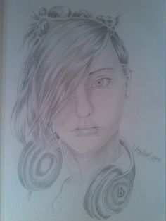 I love drawing very much ( and this girl ^.^) #Sketch #semirealistic #drawing - Katharina Erbe