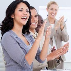 """Gastbeitrag """"Mit Präsentationen bewegen"""" von Patrick Nini.  Mehr Tipps und Tricks zum Thema Präsentieren auf: http://www.smavicon.de/blog"""