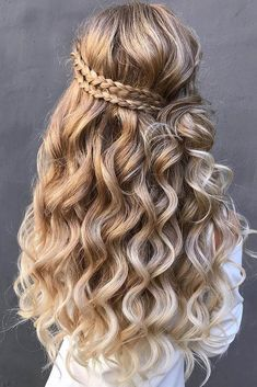 30 Wedding Hairstyles Half Up Half Down With Curls And Braid, Peinados, wedding hairstyles half half curls braid with braided crown on long blonde hair hair_by_zolotaya. Face Shape Hairstyles, Down Hairstyles, Pretty Hairstyles, Long Hairstyles With Braids, Curly Braids, Formal Hairstyles, Celebrity Hairstyles, Hair With Braids, Box Braids