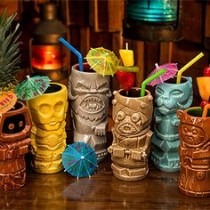 This time around, you can choose to drink with C-3PO, a Jawa, a Tauntaun, a Tusken Raider, a Wampa, or Wicket. Little guy can hold his alcohol. Each holds about 14 oz. and has a contrasting interior.