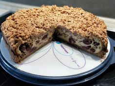 Schoko - Streuselkuchen mit Vanille - Kirschfüllung 5