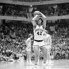 Black and white photo of University of Oregon basketball player Greg Ballard attempting a free throw during a game against Montana State played at McArthur Court on December 10, 1975 and won by the Ducks 89-62. ©University of Oregon Libraries - Special Collections and University Archives
