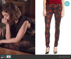 Aria's rose print jeans on Pretty Little Liars.  Outfit Details: http://wornontv.net/50003/ #PLL
