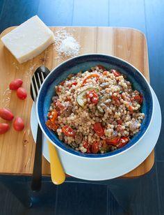 Parelcouscous met tomaten en courgette