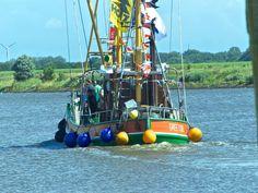 Am 23.07. startet der traditionelle Greetsieler Kutterkorso am malerischen Hafen in unserem Fischerdorf Greetsiel. Herzliche Grüße #DiemitdemLeuchtturm www.greetsiel.de CC BY-NC 3.0 DE