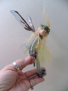 little poseable pixie fairy by DinkyDarlings