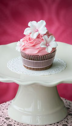 Pink Folds  Flowers Cupcakes