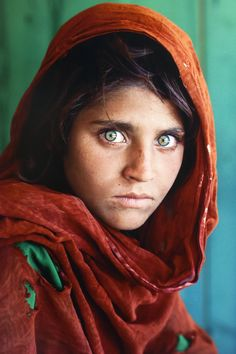 Afghan Green Eyes. Steve Mc Curry