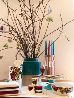 Lovable #Joules #dish Collection #flowers #spring #colors perfect for #Easter #table decoration starting from 12,00€ at https://www.goodshaus.com/Joules
