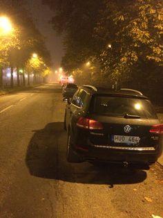 Foggy night in Gothenburg with a Volkswagen Touareg -2012 3.0 TDI V6 (245 bhp)