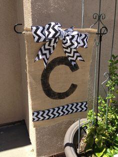 DIY burlap garden flag.