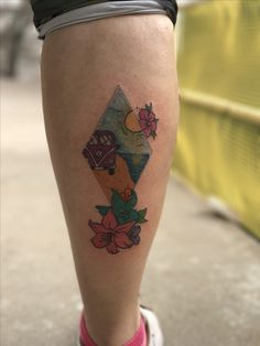 #tattoo #tatuajes #tatuajebeach #playa #tattoogirl #tattoopierna Leaf Tattoos, Girl Tattoos, Tatuajes, Girly Tattoos, Female Tattoos, Tattoo Girls, Feminine Tattoos