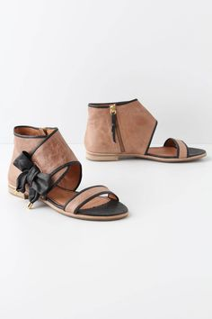 """Love these Anthropologie """"tipped bow"""" sandals."""