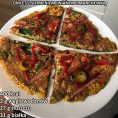 Omlet z siemieniem lnianym i marchewką - Mocne Kalorie Vegetable Pizza, Beef, Vegetables, Breakfast, Fitness, Food, Meat, Morning Coffee, Essen