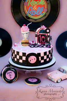50's Cake... LOVE!