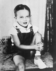 James Dean when he was a toddler in the 30s