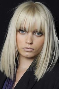 Mittellang-Blond-Pony-Glatt - New Site Medium Long Hair, Long Hair Cuts, Medium Hair Styles, Short Hair Styles, Medium Curls, Braid Styles, Blond Pony, Full Fringe Hairstyles, Blonde Hairstyles