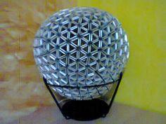 Primera lampara de reciclaje