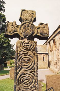 Anglo Saxon cross at Eyam Anglo Saxon History, British History, Sutton Hoo, Ancient World History, Germanic Tribes, Rune Stones, Early Middle Ages, Dark Ages, Art And Architecture