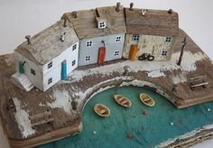 Kirsty Elson on - Lisa Barnes - Free Driftwood Projects, Driftwood Art, Beach Crafts, Home Crafts, Kirsty Elson, Deco Design, Miniature Houses, Wooden Crafts, Beach Art