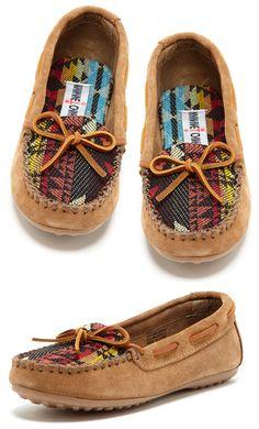 Cute Minnetonka Mocs! Love the fabric on the tops. #Fall #Minnetonka #Moccasins #Mocs #Fashion #Shoes