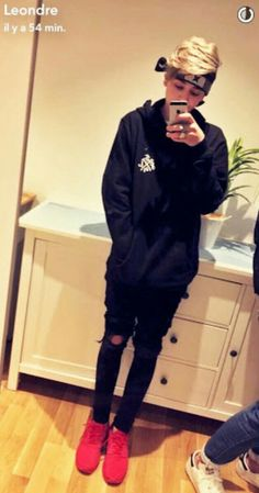 Leo ❤❤ Baby Bar, Bars And Melody, Bratayley, Best Rapper, My Crush, Stylish Men, Cute Guys, How To Look Better, My Love